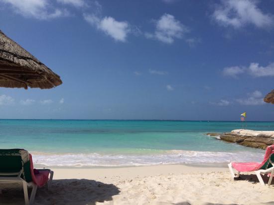 Grand Fiesta Americana Coral Beach Cancun: Vista frontal da praia privativa