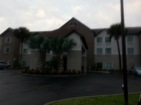 Best Western Auburndale Inn & Suites: TA_IMG_20160110_074031_large.jpg