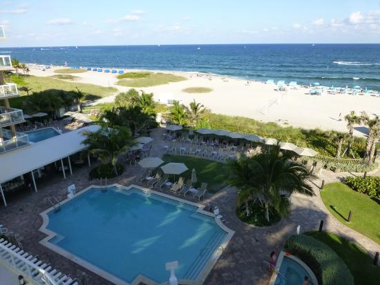 Fort Lauderdale Marriott Pompano Beach Resort Spa View Of Pool Outside Restaurant And