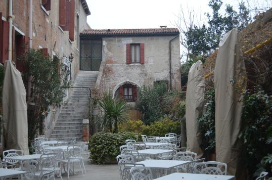 Hotel Al Sole: jardin de l hotel
