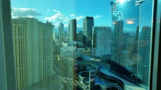 Signature at MGM Grand: Strip view