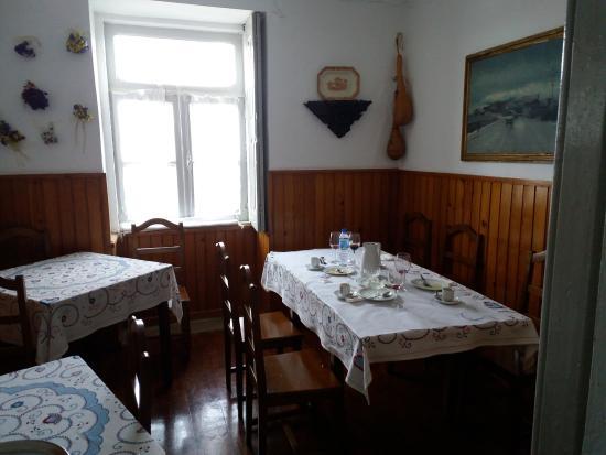 Restaurante toca do lobo vila real coment rios de for Horario piscina vila real