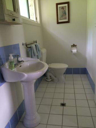 Kenilworth, Australien: Ensuite of the Blue Wren
