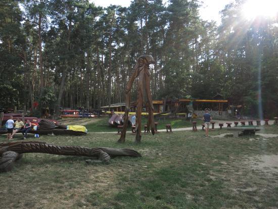 Mirow, Deutschland: Die Kanustation (See im Rücken)