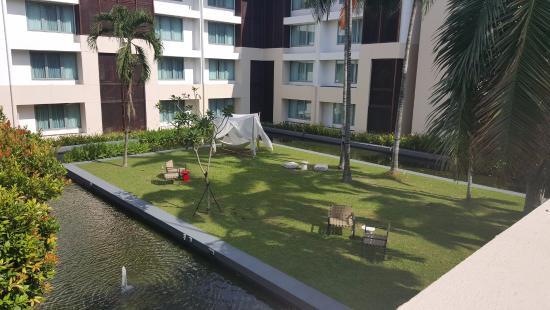Sofitel Singapore Sentosa Resort & Spa: wonderful grounds