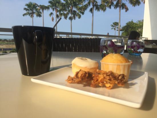 Holiday Inn Melaka: 朝食