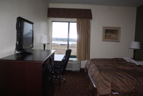 BEST WESTERN River Inn: room with view