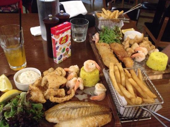 Preston, Australia: Seafood platter