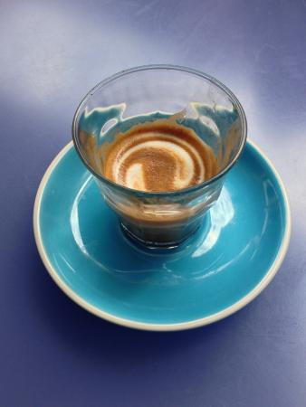 Woollahra, Australia: Funky coffee cup at Luxe