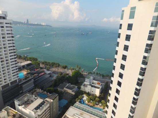 view from balcony picture of holiday inn pattaya pattaya rh tripadvisor com sg