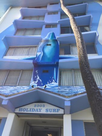 Holiday Surf Hotel: Front building