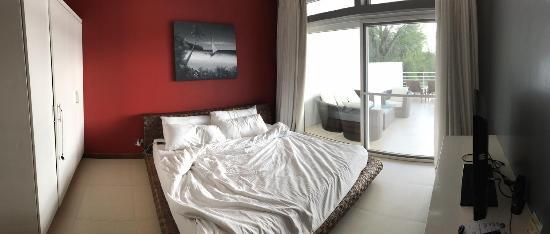 Cohiba Villas: Master bedroom
