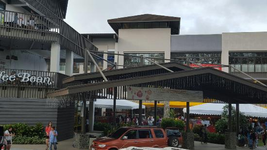 The open mall - Review of Ayala Malls Serin, Tagaytay