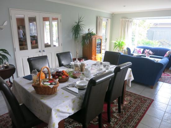 Magnolia Rose Bed & Breakfast : petit déjeuner