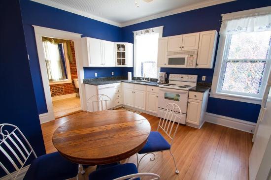 Captain Wohlt Inn: Inside The Von Geminden Guest House