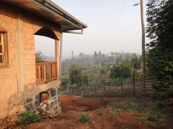 Dschang, Kamerun: La vue d'un boukarou sur le paysage