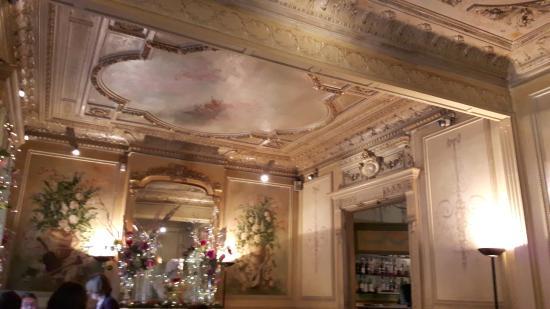 Le Magnifique Decor Picture Of La Salle A Manger Salon De