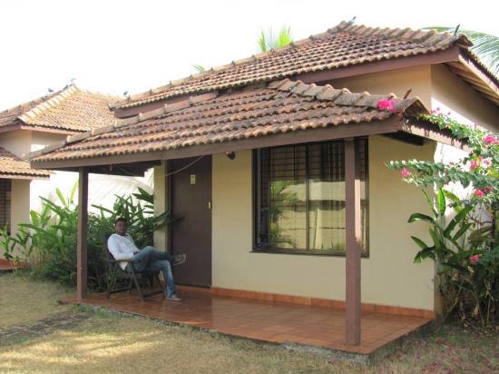 Makara Village: Cottage View