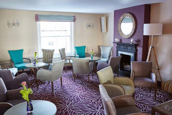 Royal York & Faulkner Hotel: Love the Faulkner Bar since it was refurbished