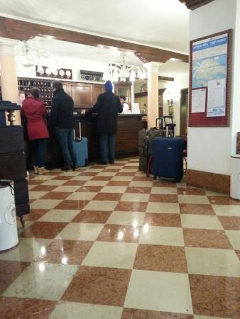 Giorgione Hotel: TA_IMG_20160111_110114_large.jpg