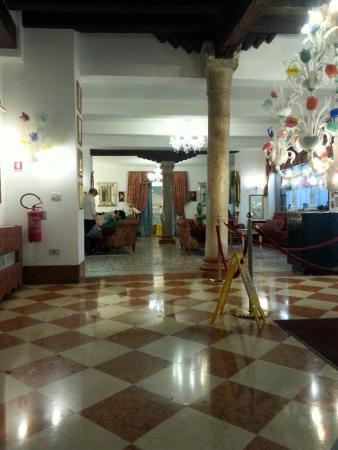 Giorgione Hotel: TA_IMG_20160111_110155_large.jpg