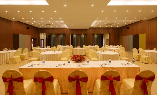 Kodai - By The Valley, A Sterling Holidays Resort: Conference Hall, Kodai By The Valley