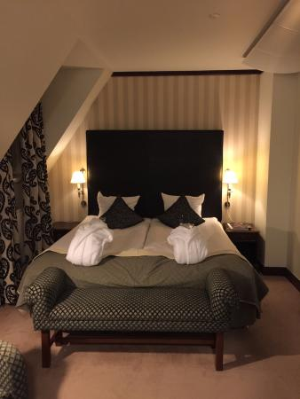 First Hotel Mayfair: Room