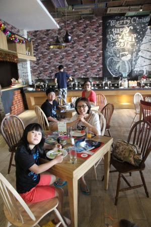 restaurant for breakfast picture of tjokro style yogyakarta rh tripadvisor co za