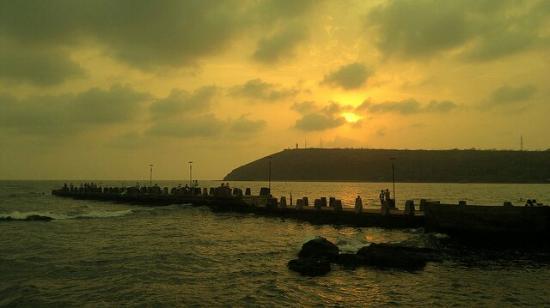 Mandavi Beach : Mandvi sun set...