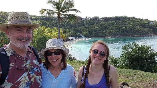 Water Island, St. Thomas: Overlook on the way to Dinghy's