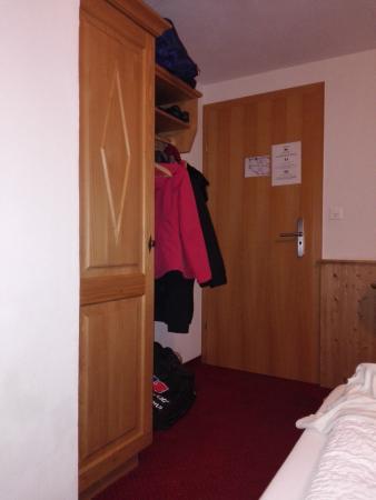 Hotel Stockhorn: DOOR