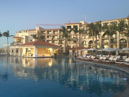 swim up bar picture of dreams los cabos suites golf resort spa rh tripadvisor com