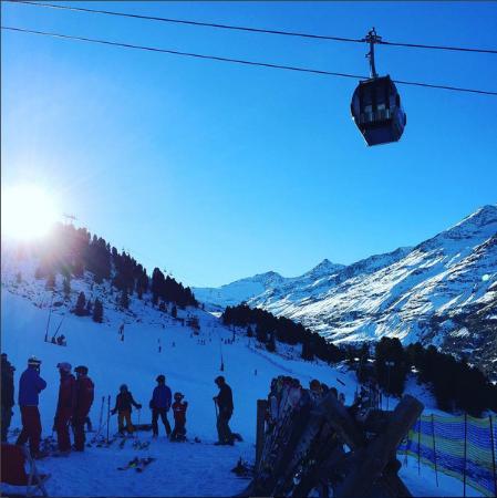 Hotel Bergwelt: Fantastic skiing