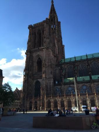 Cathedrale Notre Dame de Strasbourg: 外観