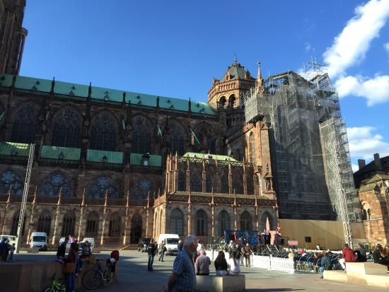 Katedra Notre Dame w Strasbourgu: 外観
