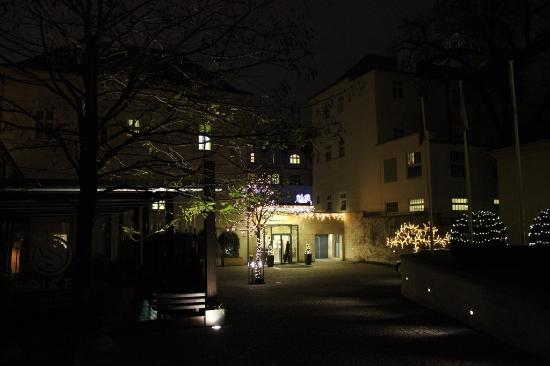 Mandarin Oriental, Prague: Outside the hotel
