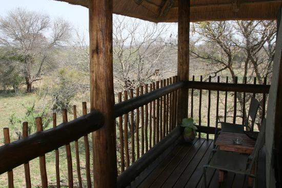 nThambo Tree Camp: Terrasse