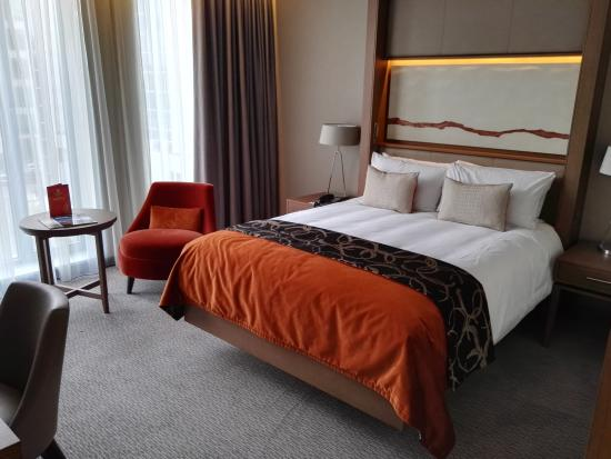 Clayton Hotel Chiswick: Room 1104