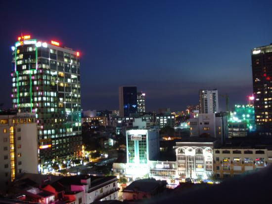 Caravelle Saigon: Night view from Saigon Saigon