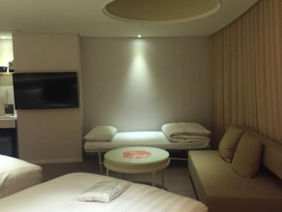 Green World Hotel Zhonghua Photo