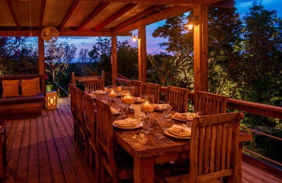 MacDuff's Cottages & Restaurant