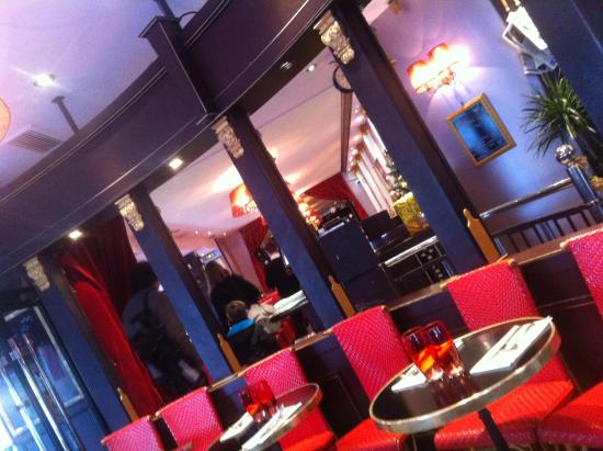 table bistro picture of restaurant le grand palais paris tripadvisor. Black Bedroom Furniture Sets. Home Design Ideas