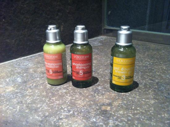 Hotel Le A: Wonderful l'Occitane products