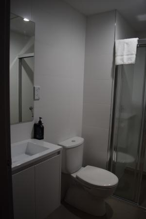 minimalist bathroom picture of the urban newtown newtown rh tripadvisor com