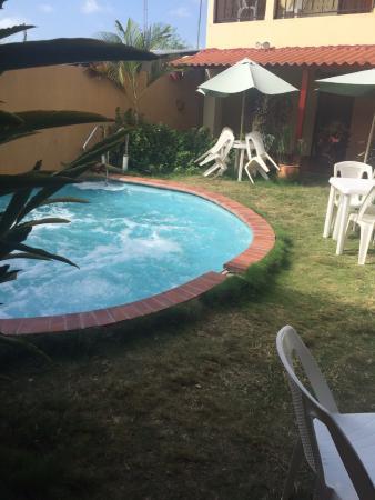 Residencial Santa Catalina: Piscina