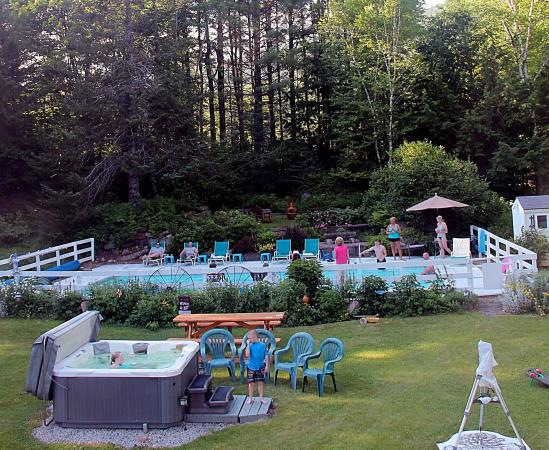 Buttonwood Inn on Mount Surprise: Use the pool or hot tub (seasonal) after hiking our trails.