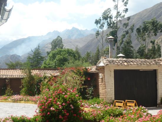 Sonesta Posadas del Inca Sacred Valley Yucay: Sonesta Posadas del Inca Sacred Valley Yucay  - estacionamento.
