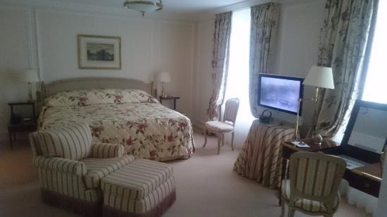Le Bristol Paris: Hotel Le Bristol - Deluxe Suite - bedroom