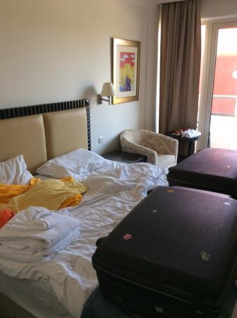 Olympic Lagoon Resort: Standard room