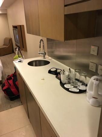 kitchenette picture of royal view hotel hong kong tripadvisor rh tripadvisor co za